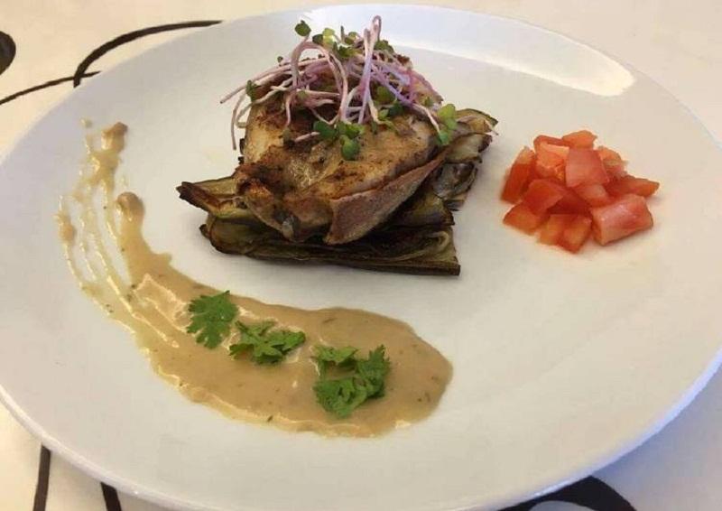 Cà tím nướng ăn kèm cá bớp và sốt mayonaise