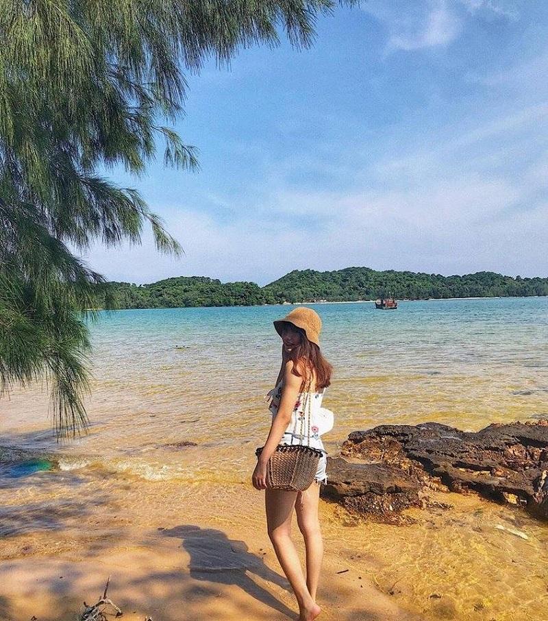 Khung cảnh biển nên thơ, xinh đẹp ở Cô Tô