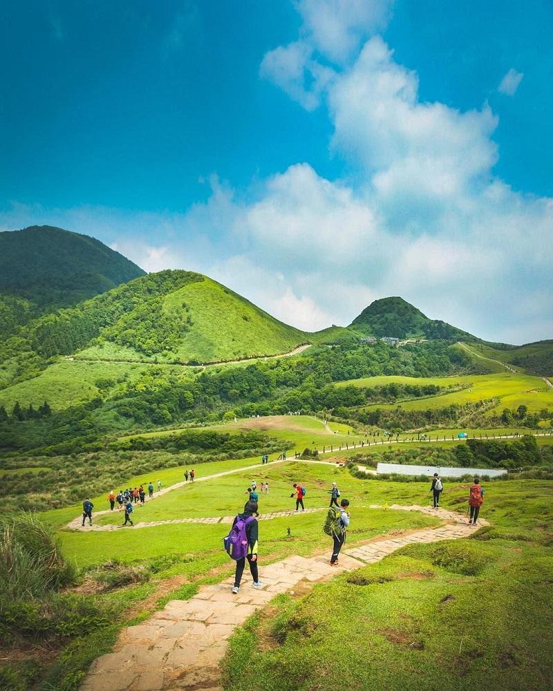 Trekking tại công viên quốc gia Dương Minh SơnĐài Loan là một trải nghiệm thú vị