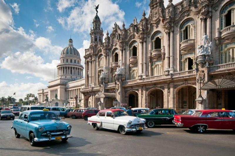 Các phương tiện ô tô tại Cuba