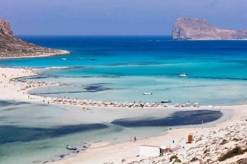 Con đường ra biển tại đảo Crete