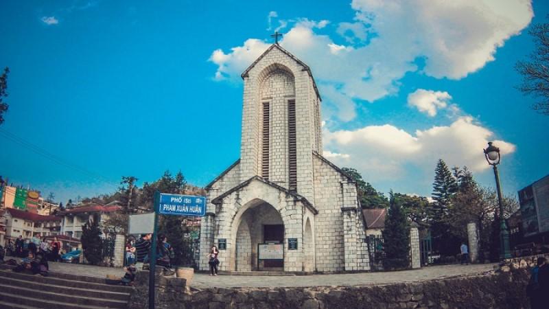 Nhà thờ đá Sapa có gì đẹp, có gì ăn, có gì chơi? - Travelgear Blog