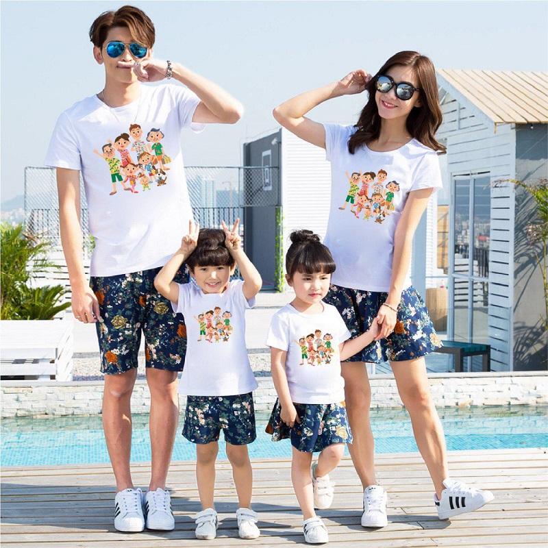 Trang phục đi biển gia đình