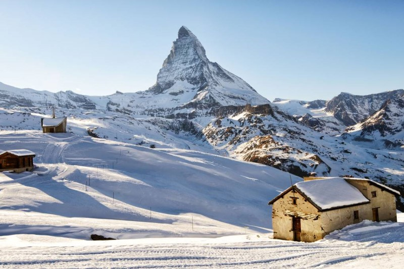 Thị trấn Zermatt được bao phủ bởi một lượng tuyết lớn