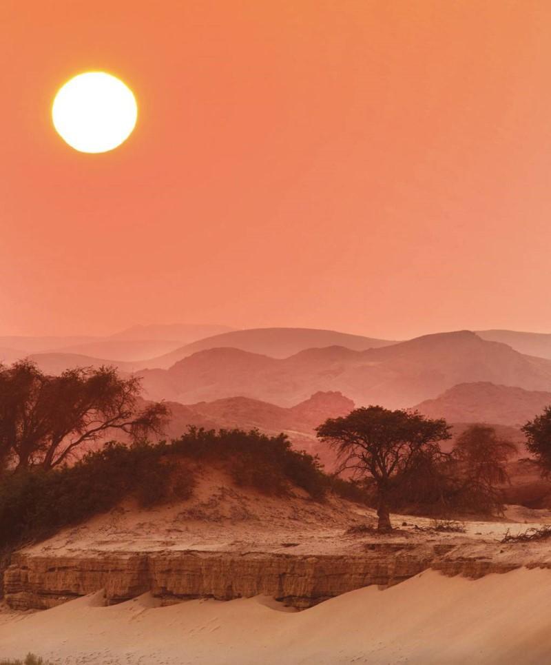 Thiên nhiên hùng vĩ Namibia