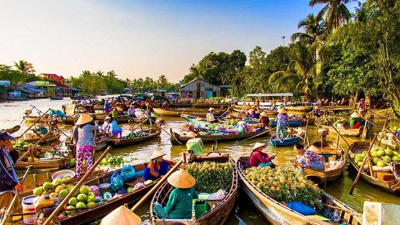 Chợ nổi miền tây sầm uất mùa nước nổi