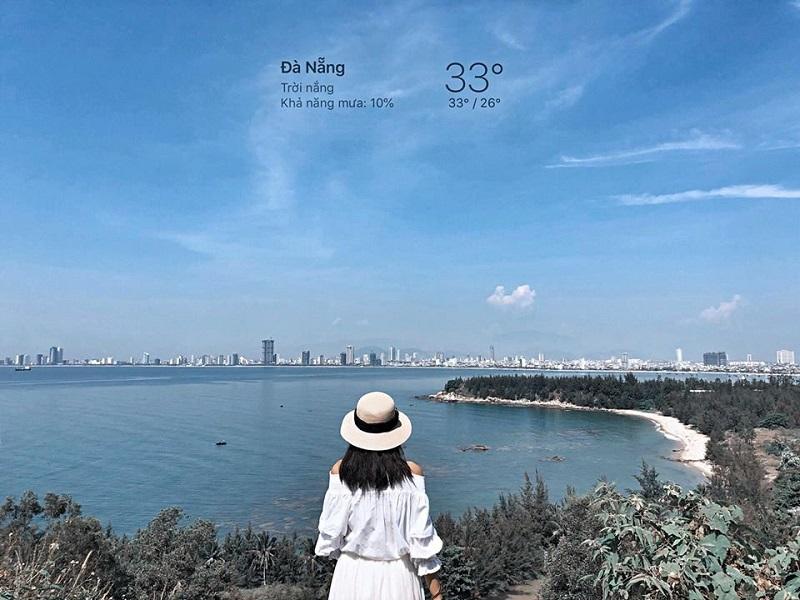Quang cảnh biển trong lành tại Đà Nẵng