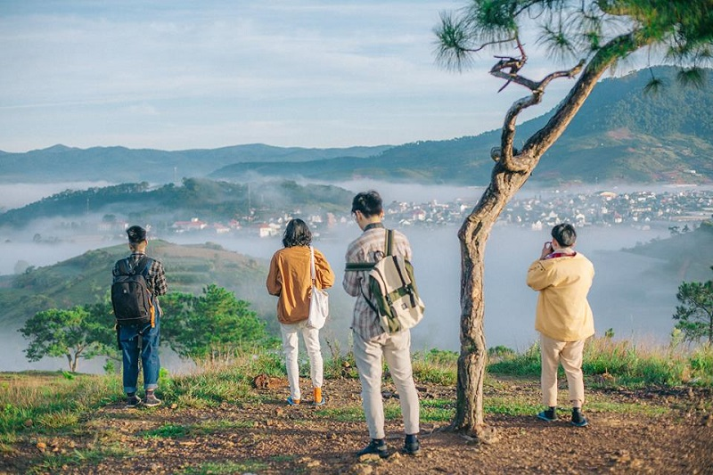 Săn mây trên đỉnh Langbiang tại Đà Lạt