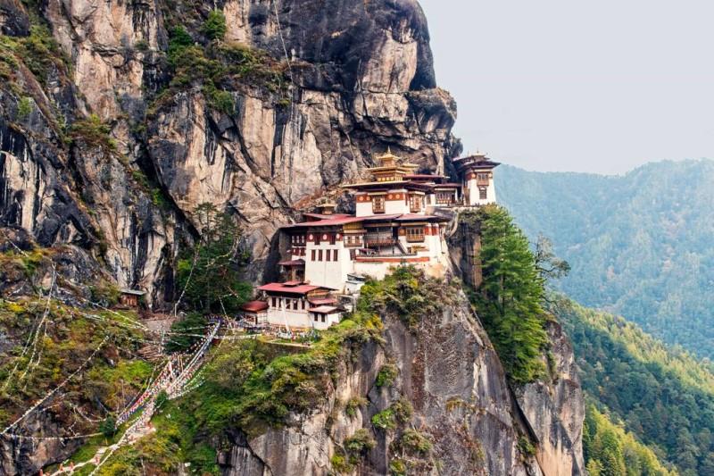 Rừng rậm hùng vĩ bao quanh vương quốc tại Bhutan