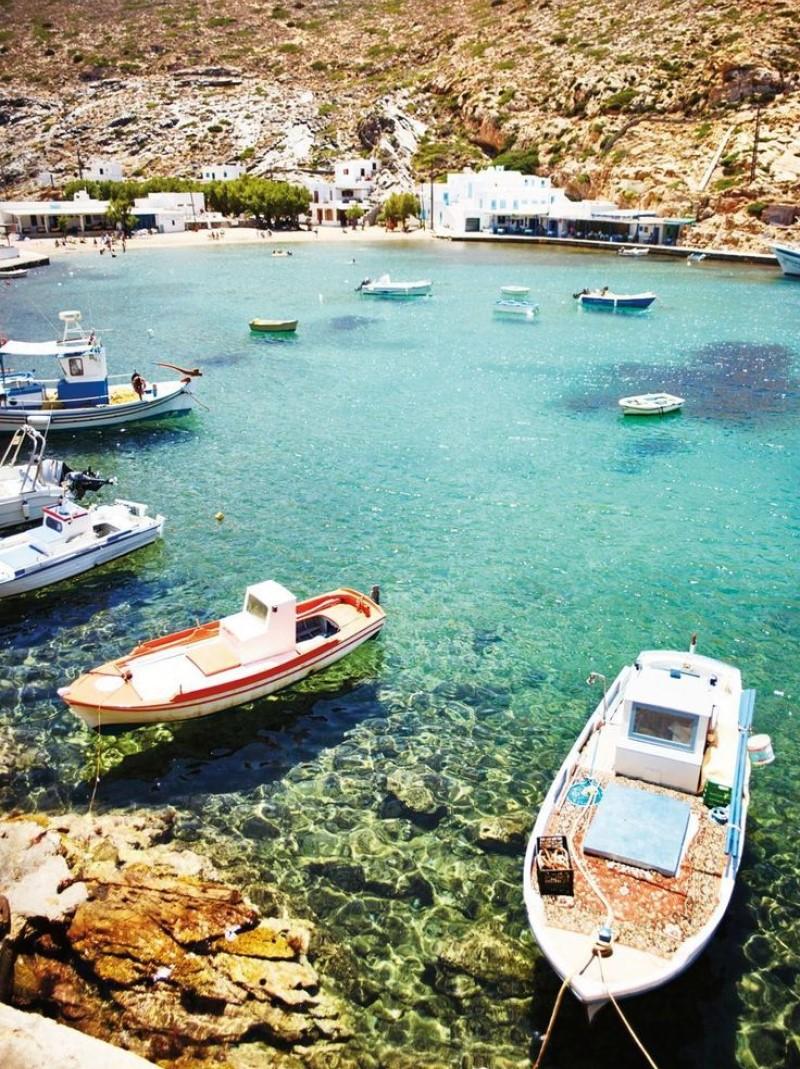 bãi biển trong xanh tại quần đảo Hy Lạp