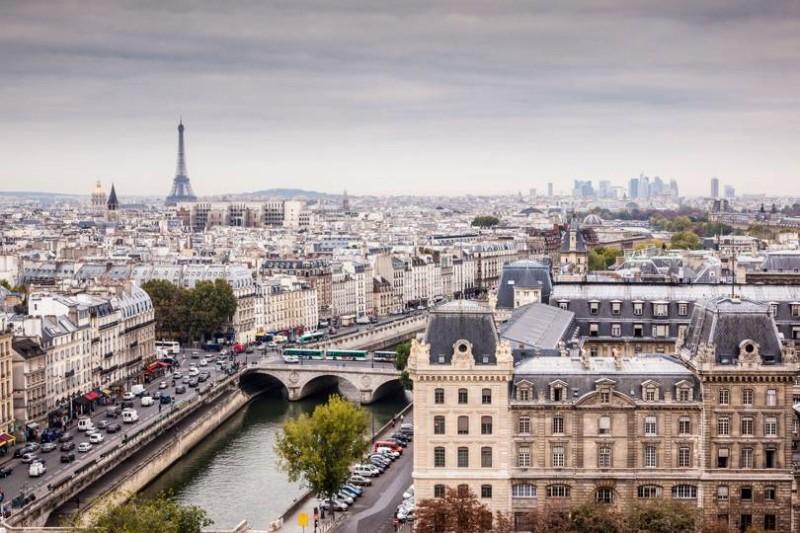 Khung cảnh thành phố Paris