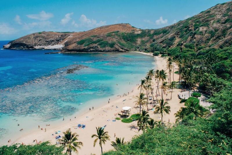 Xứ xở Hawaii với bãi biển trong xanh