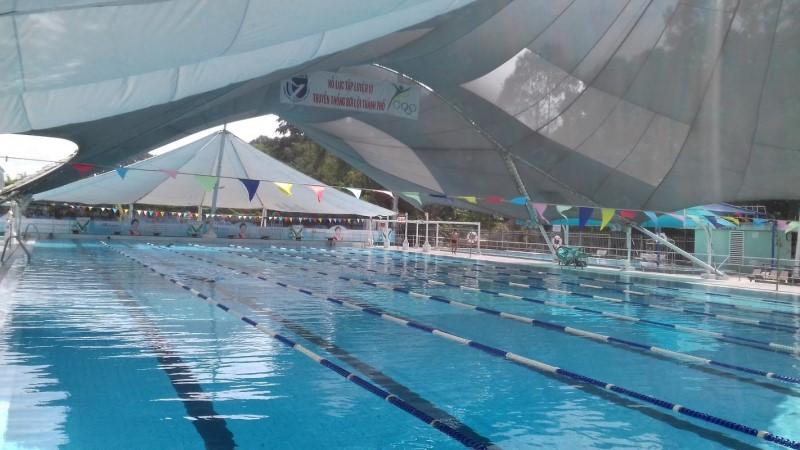 Không gian hồ bơi câu lạc bộ bơi lội Yết Kiêu