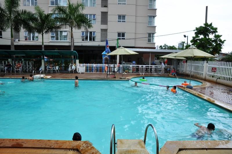 Không gian hồ bơi chung cư Phúc Yên