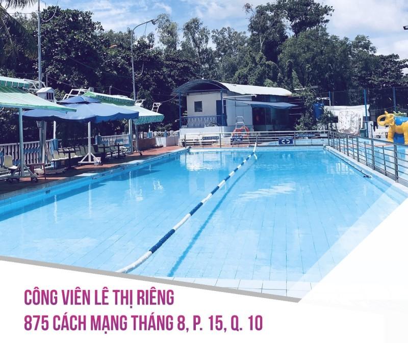 Không gian hồ bơi Lê Thị Riêng