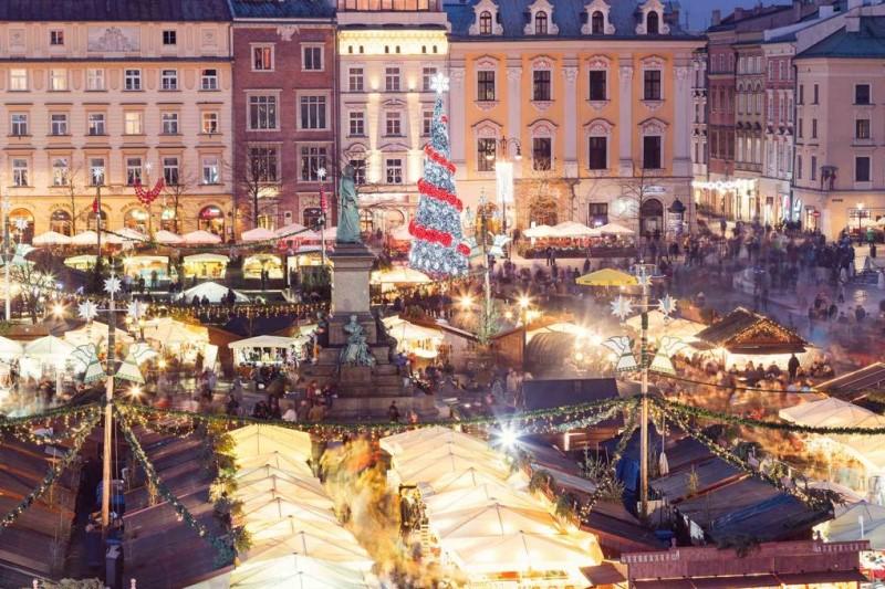 Khung cảnh giáng sinh taị thành phố Krakow
