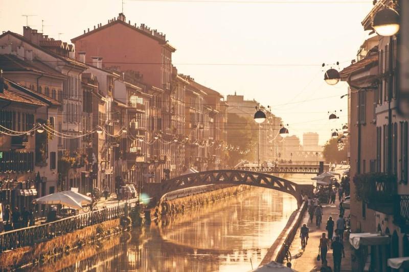 Khung cảnh thành phố Milan Ý