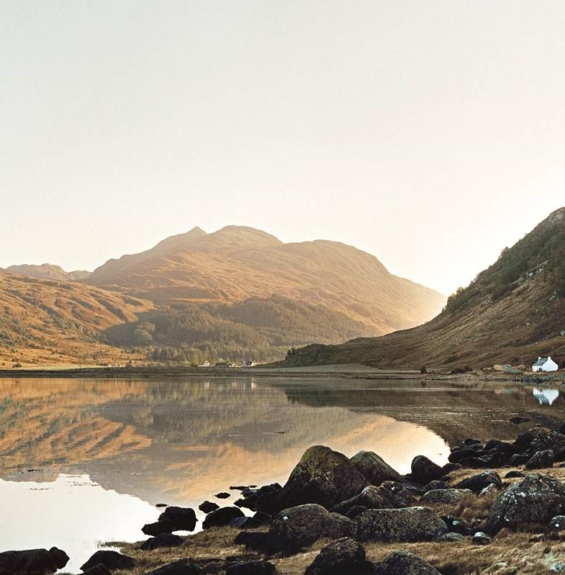 Cao nguyên Scotland với những dãy núi bao quanh phía Tây Bắc