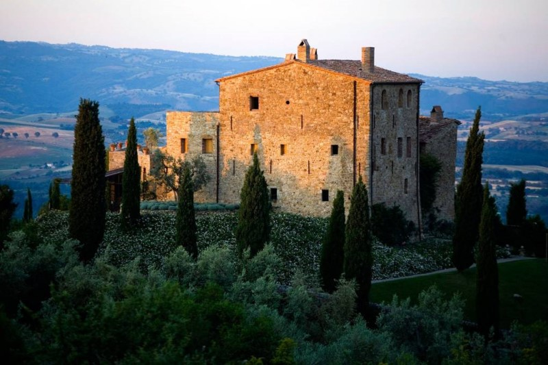 Những ngôi nhà nông thôn thời trung cổ tại Tuscany Ý