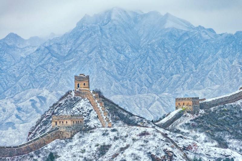 Vạn Lý Trường Thành phủ trong tuyết