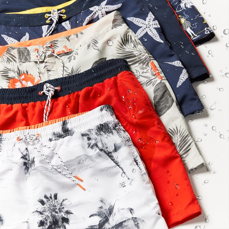 Những chiếc quần vải Polyamide họa tiết