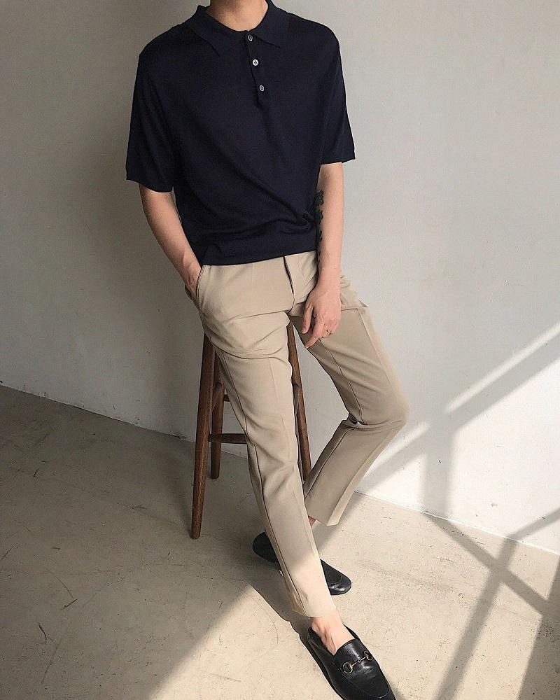 Sự kế hợp của áo polo và quần vải