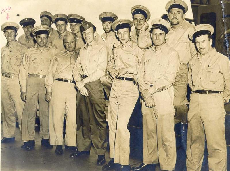 Những người lịn Anh mặc quân phục từ chất liệu vải Kaki