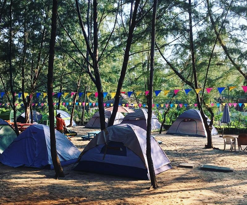 Ở Zenna Pool Camp đã có sẵn nhiều loại lều trại