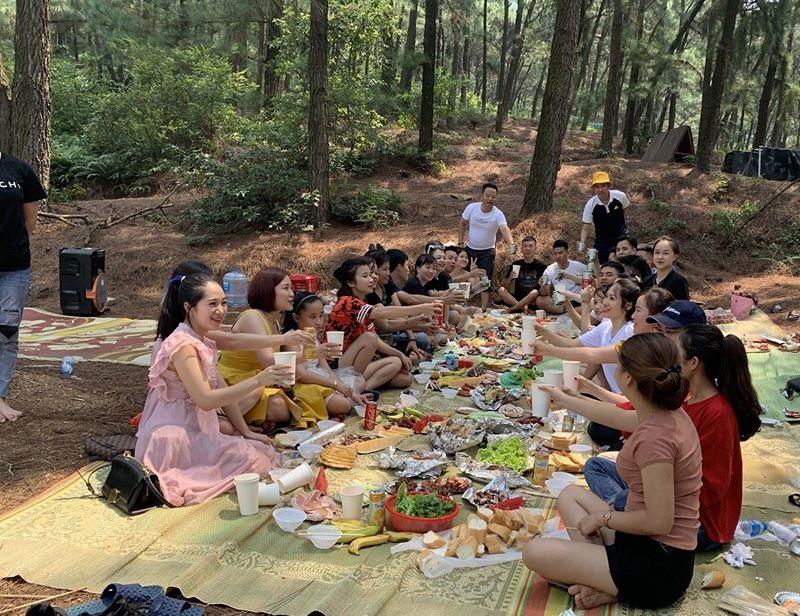 Tổ chức ăn uống cùng với gia đình