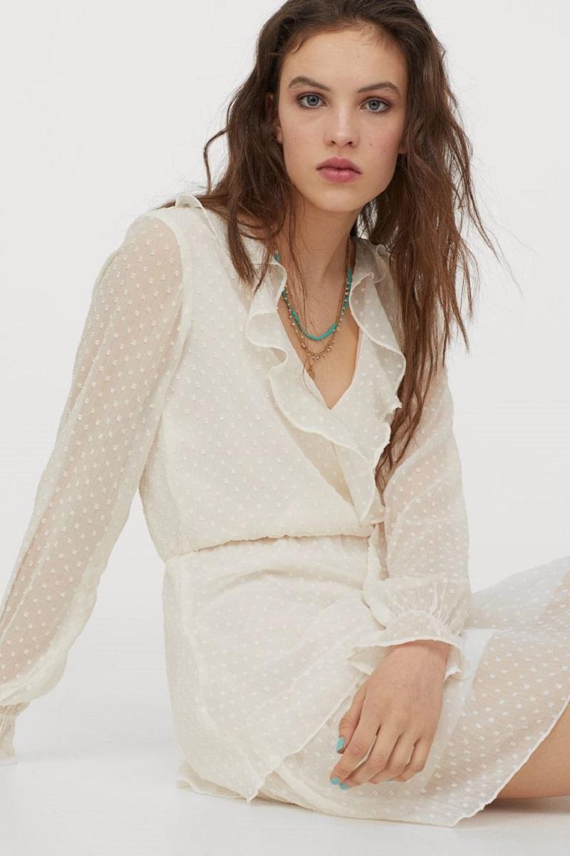 Váy chất liệu vải chiffon
