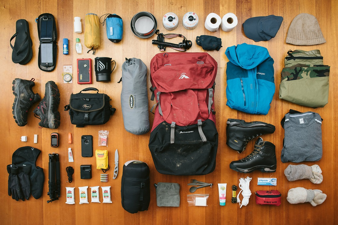 chuẩn bị đồ leo núi