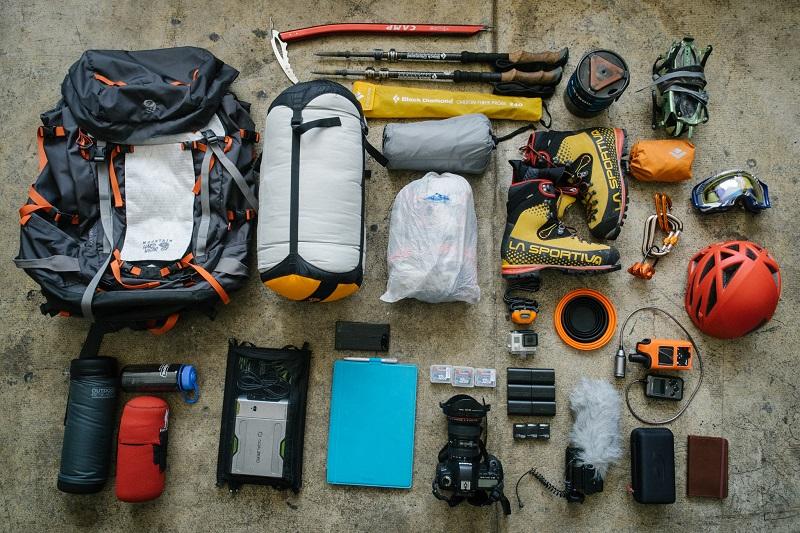 Chuẩn bị đồ leo núi trekking