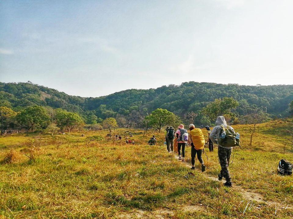 Đường đi trekking ở Núi Chúa