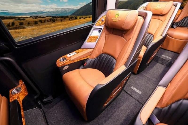 Nhà xe Hạ Long Travel Limousine đi Hạ Long