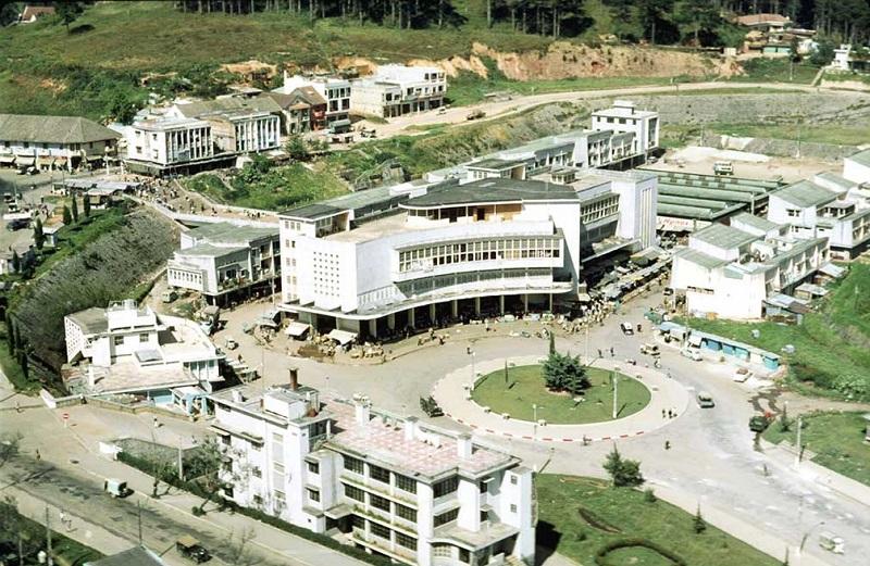 Chợ Đà Lạt sau khi chuyển về khu Hòa Bình.