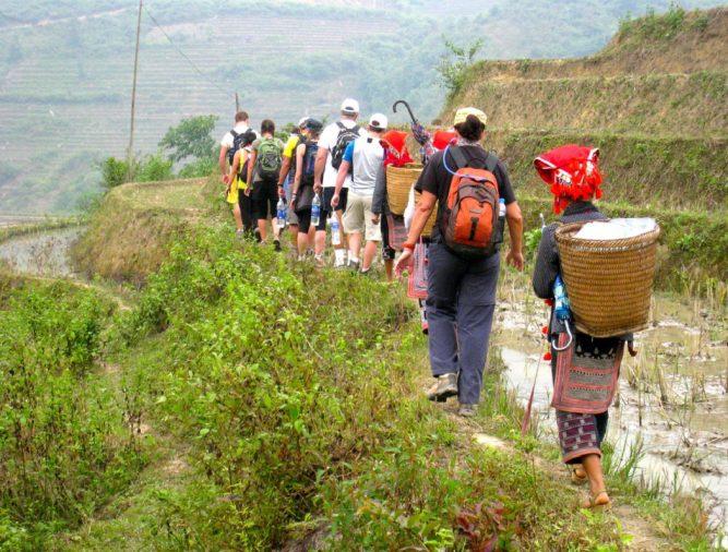 đường leo núi nhiều sỉnh lầy