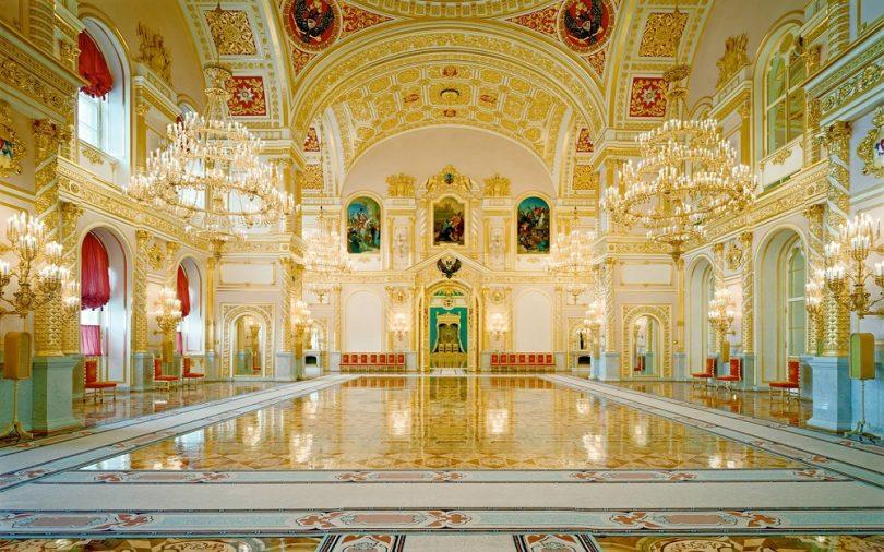 Khung cảnh bên trong Đại cung điện Kremlin