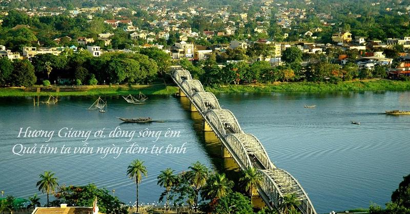 Sông Hương cầu Trường Tiền Huế nhìn từ trên cao