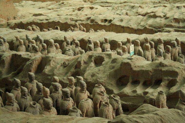 Đội quân đất nung ở lăng mộ Tần Thủy Hoàng