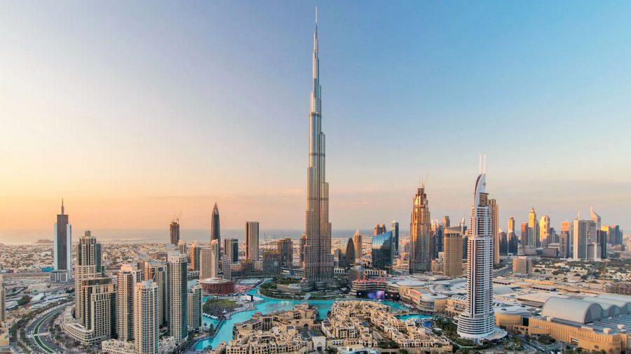 Burj Khalifa là tòa nhà cao nhất thế giới với 153 tầng và chiều cao 828m