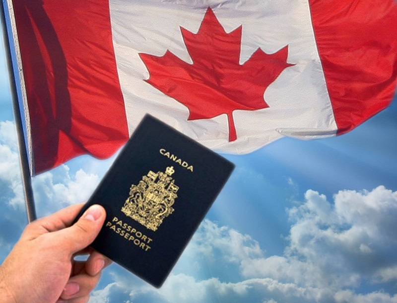 Passport Visa bên cạnh lá cờ