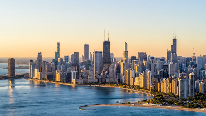 Thành phố Chicago nằm bên bờ hồ Michigan