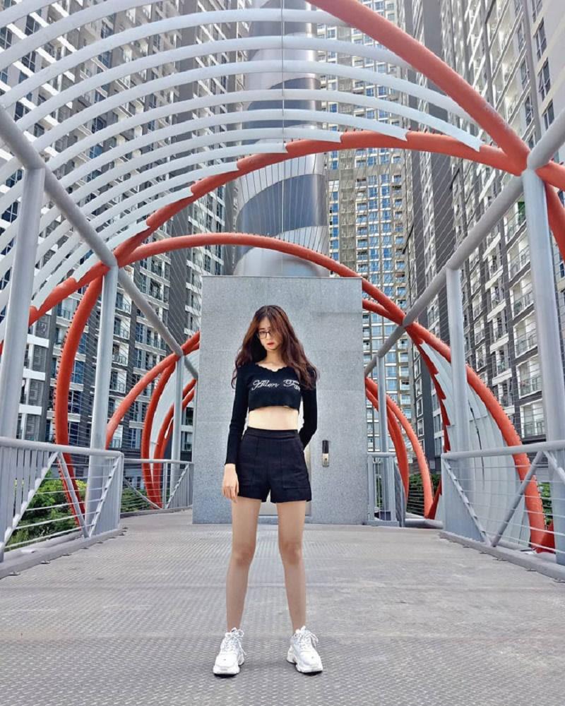 cây cầu trong công viên ở Sài Gòn