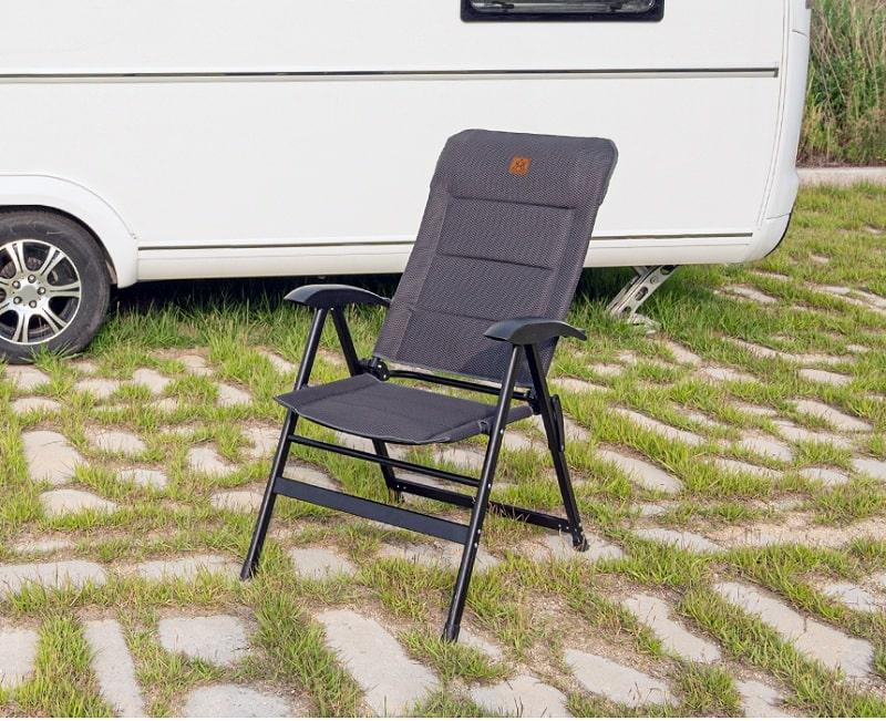 Ghế xếp thông minh KAZMI K20T1C027 bằng nhôm phù hợp khi đi dã ngoại, cắm trại hay tại nhà