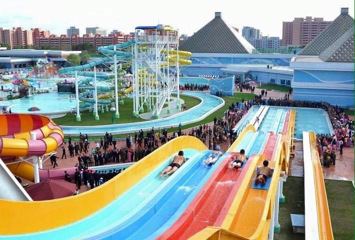 khu vui chơi giải trí công viên nước Hồ Tây