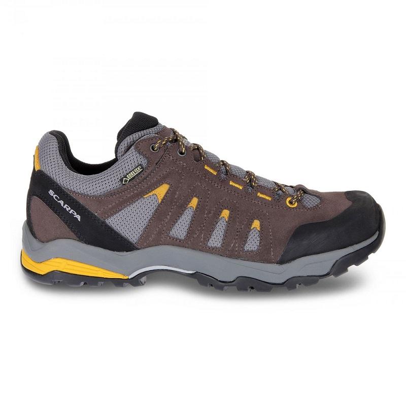 Giày trekking Scarpa Moraine GTX.