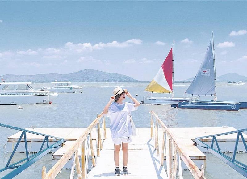 Bến thuyền Marina Vũng Tàu với khung cảnh biển xanh ngắt