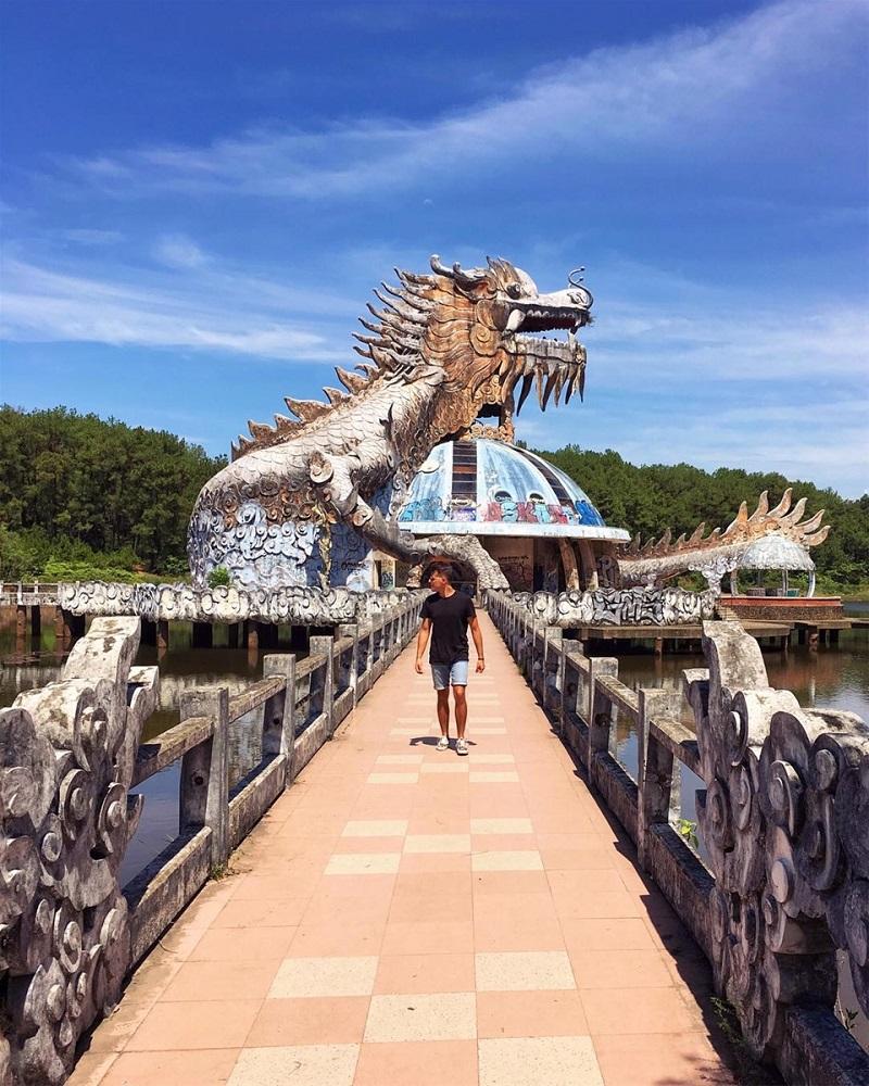 Công viên bỏ hoang tại Huế