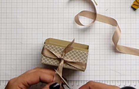 Cách làm hộp đựng mỹ phẩm handmade