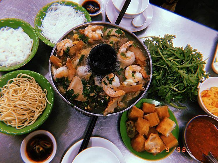 Những quán ăn đêm ngon ở Sài Gòn